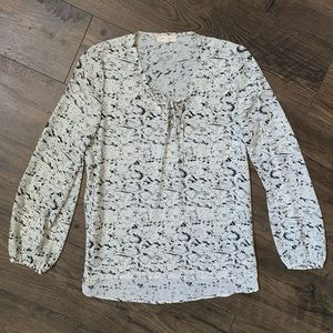 Boho lace up snakeskin blouse Eight Sixty small